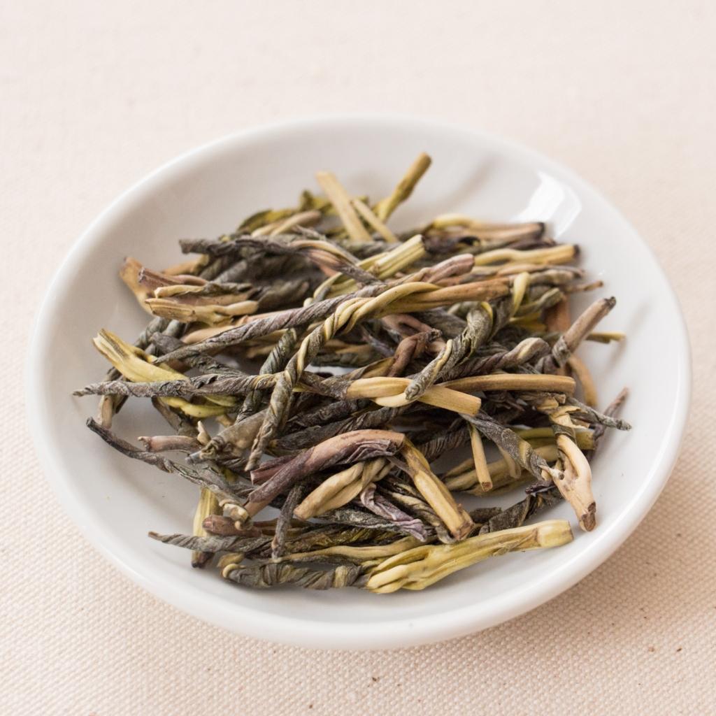 苦丁茶(クゥディンチャ)画像